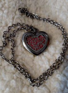 heart locket diffuser necklace